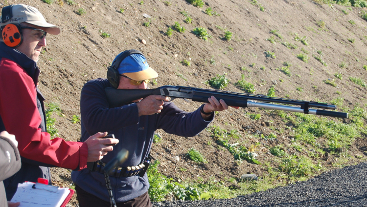 Super Senior Les Bailey shooting the British Open